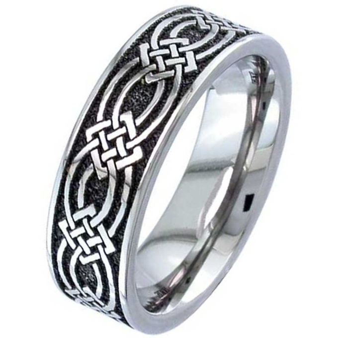 Superb Titanium Celtic Knot Wedding Ring