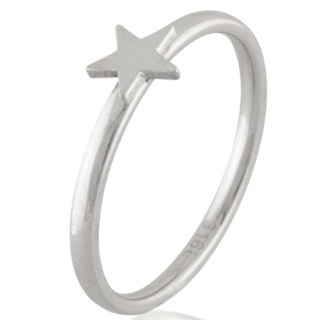 Compliment Star Ring
