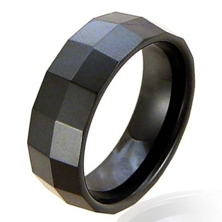 Ceramic Facet Noire Ring