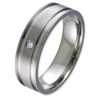 Grand Titanium Ring